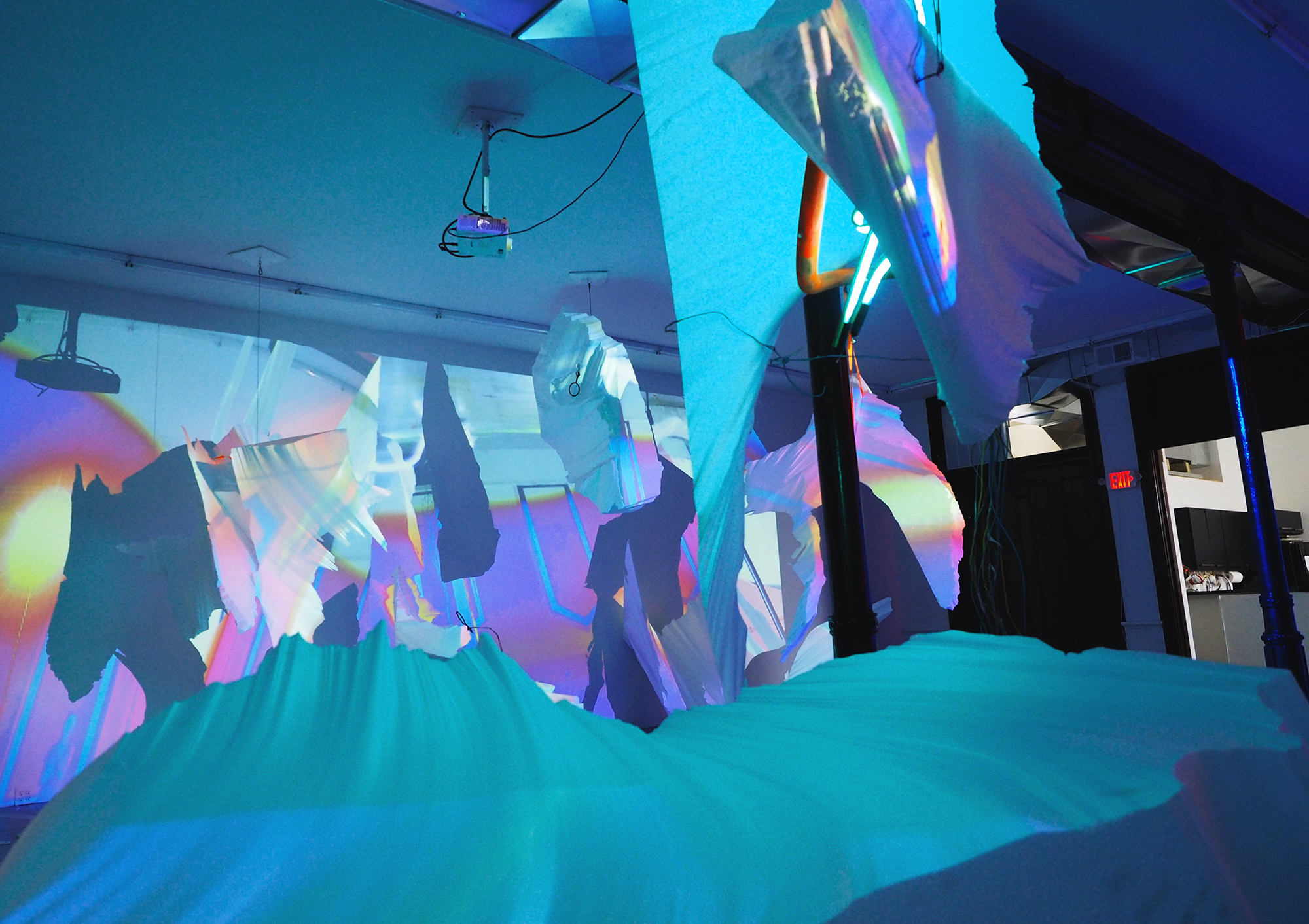 Interactive Video and Projection Mapping - Idea Fab Labs